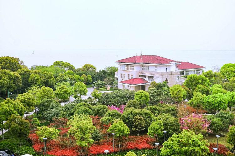 苏州东山宾馆婚宴预订多少钱一桌?